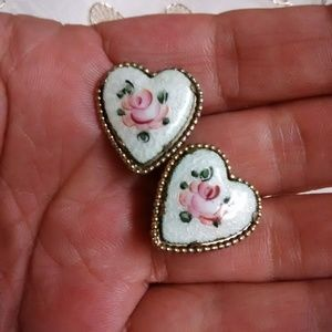 Vintage screw back earrings Coro with rose motif